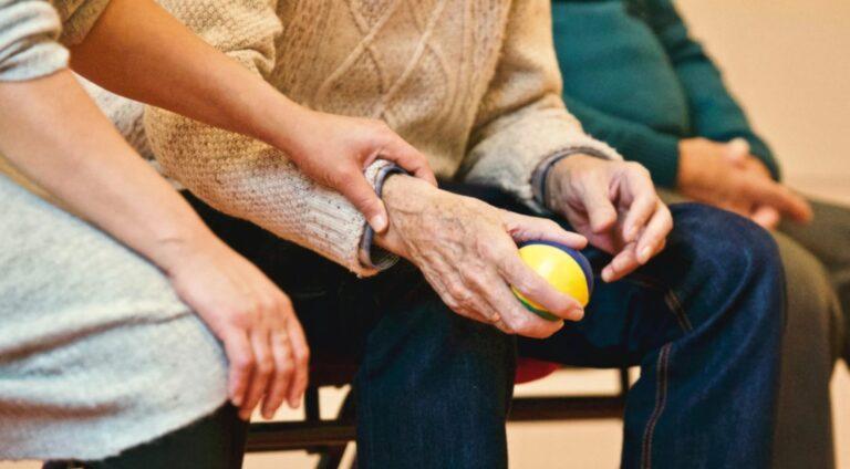 Read more about the article Fortbildungsmöglichkeiten im Pflegebereich